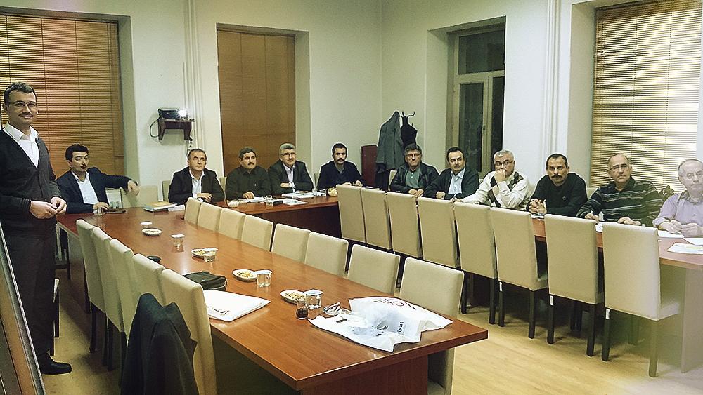Tavşanlı Kaymakamı Sayın Numan Hatipoğlu ve Tavşanlı Daire Müdürleri Osmanlıca Kursu'nda